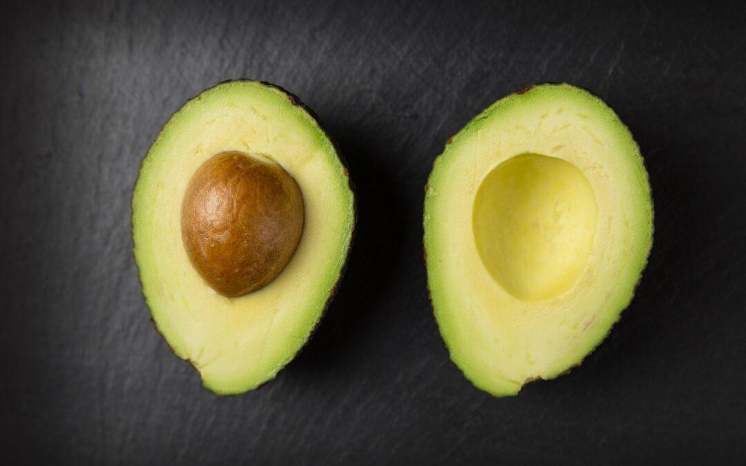 avocado komkommer spread